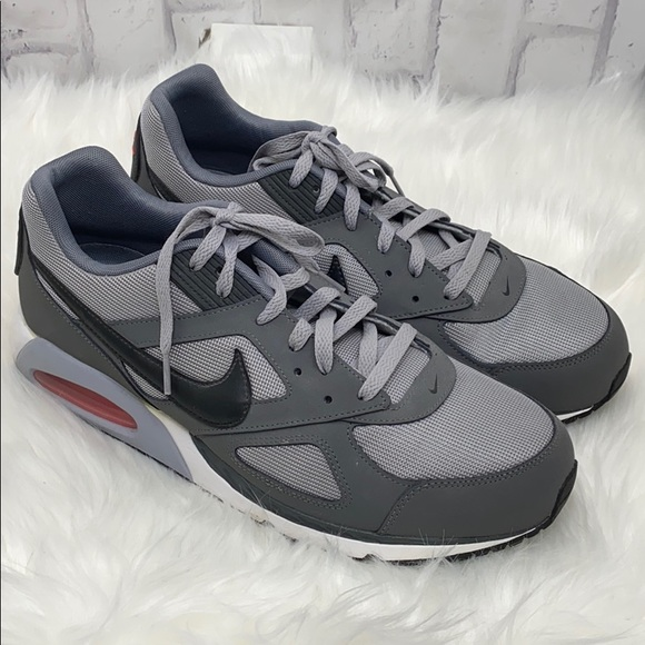 Nike Other - Nike Air Max Sneakers